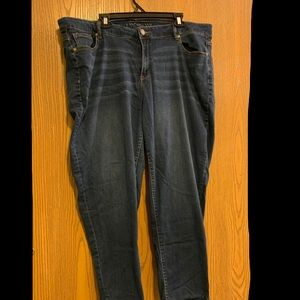 22 low rise jeans
